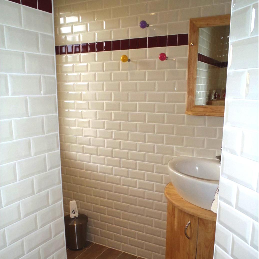 Chambre bois flotte for Carrelage salle de bain bruxelles